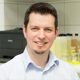 Dr. Oliver Goerz